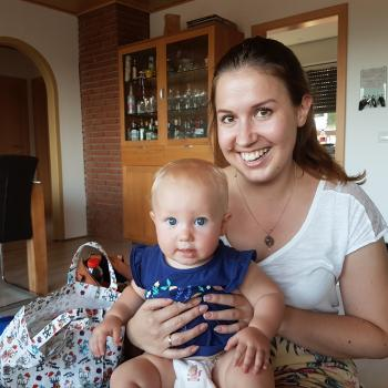 Baby-sitter Prévessin-Moëns: Laura