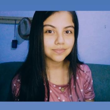 Babysitter in Naranjo: Gabriela