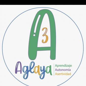 Agencia de cuidado de niños en Medellín: Aglaya A