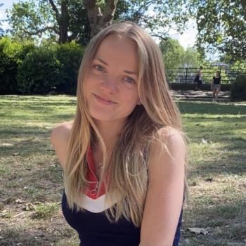 Babysitter in Le Vésinet: Laura