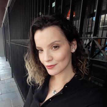 Babá em Pelotas: Laura