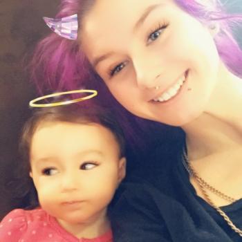 Baby-sitter Hamilton: Rebecca