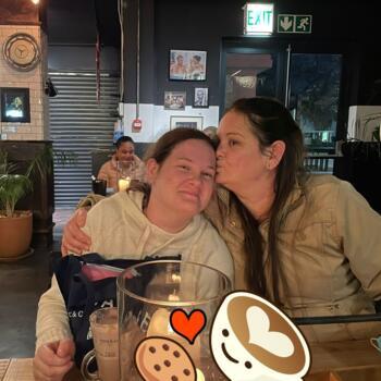 Babysitter in Bloubergstrand: Robyn