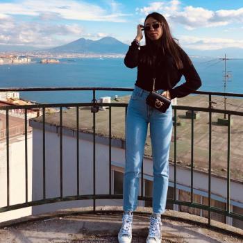 Babysitter a Napoli: Giulia