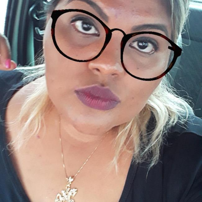 Babá em Corumbá: Suzyane