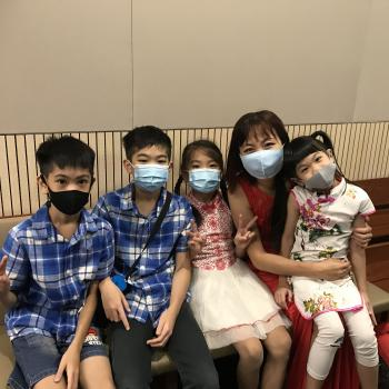 Babysitter in Singapore: Hsiao Ling