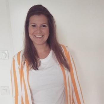 Babysitter in Hendrik-Ido-Ambacht: Angela