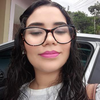 Babysitter Manaus: Alice