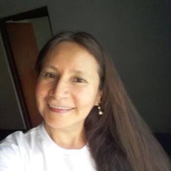 Babysitters in Trujillo: Laura