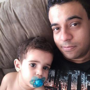 Emprego de babá em Londrina: emprego de babá Raphael