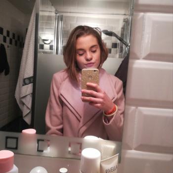 Babysitter Sint-Andries: Eva