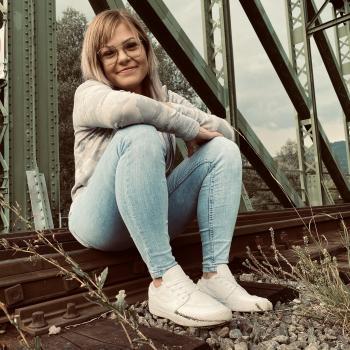 Babysitter in Leoben: Janine