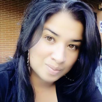 Niñera Vitoria: Angela Maria