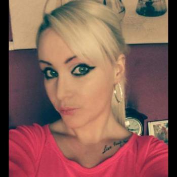 Babysitter in Killarney: Amanda