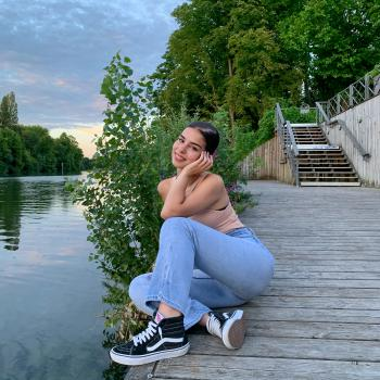 Baby-sitter in Bougival: Jessica Moreira Silva