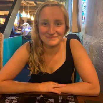 Baby-sitter Tournai: Julie