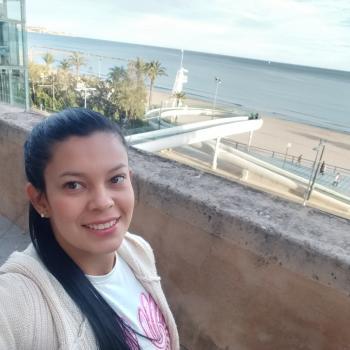 Niñera Alicante: Alexandra