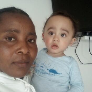 Babysitter in Cape Town: Dominica