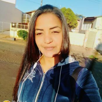 Babysitter Londrina: Lirian