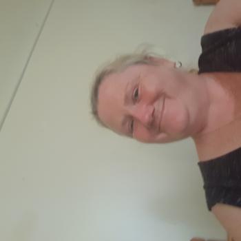 Babysitter in West Bathurst: Sandra