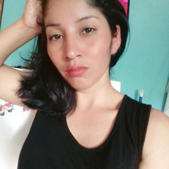 Babysitter Guácima: Geyling Carolina