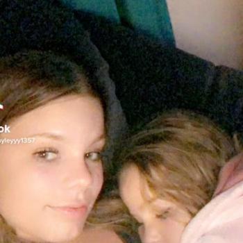 Babysitter in Townsville: Hayley