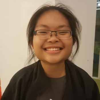 Babysitter in Singapore: Yijia