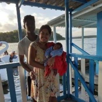 Emprego de babá em Vitória: emprego de babá Francielle