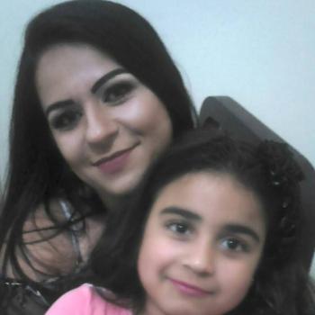 Babysitter in Betim: Elania