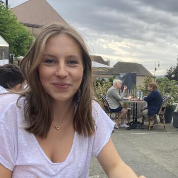 Baby-sitter in Chartres: Ilona