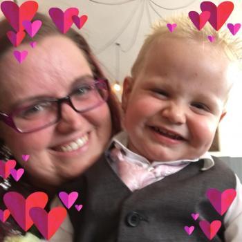 Parent Heanor: babysitting job Elaine