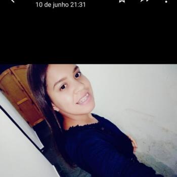 Babá Recife: Adila