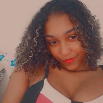 Babysitter in Vila Velha: Damaris