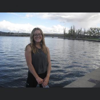 Babysitter in Canberra: Caitlin