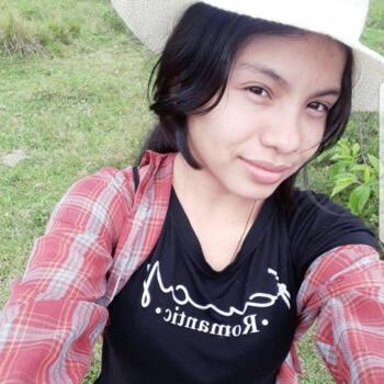 Babysitter in La Estrella: María