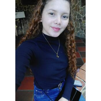 Babysitter in Santa Marta: Dora