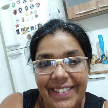 Babá Guarulhos: Mônica