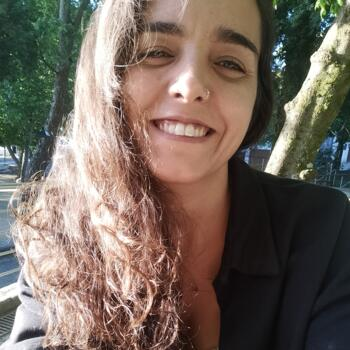 Babysitter in Vila Nova de Famalicão: Liliana