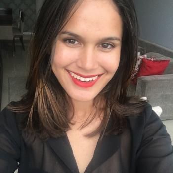 Babá Teresina: Thália Sousa