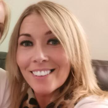 Babysitter in Belfast: Angela