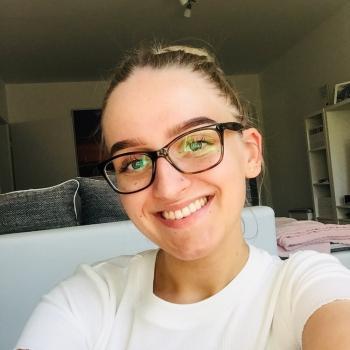 Babysitter Düsseldorf: Lara