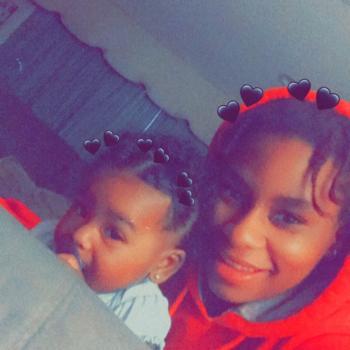 Babysitter in Carson: Armonie