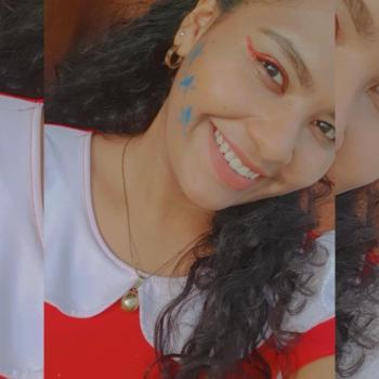 Babysitter in Piura: Aralin R.