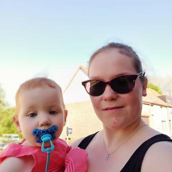 Baby-sitter Boom: Caroline