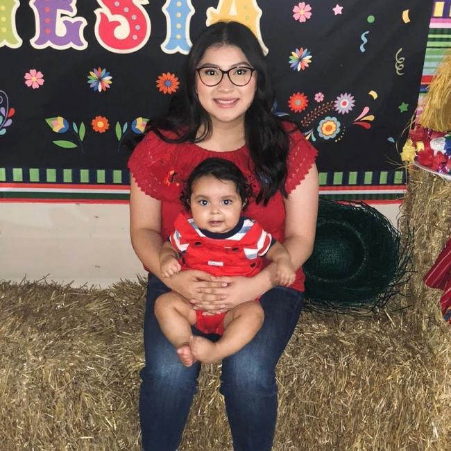 Babysitter in Haltom City: Jasmin