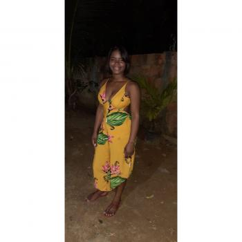 Babá em Salvador: Mayara Souza
