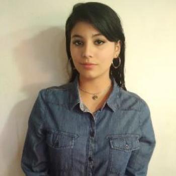 Niñera Tortuguitas: Andrea