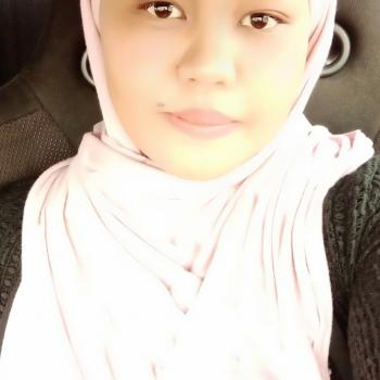 Babysitters in Kota Bharu: Azlina