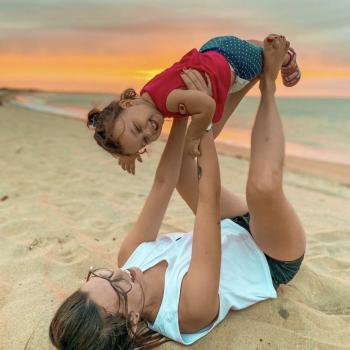 Emprego de babá Cotia: emprego de babá Giovanna