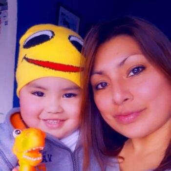 Babysitter in San Fernando: Pilar